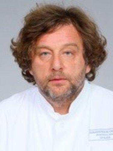 Dr Edgar Ormai